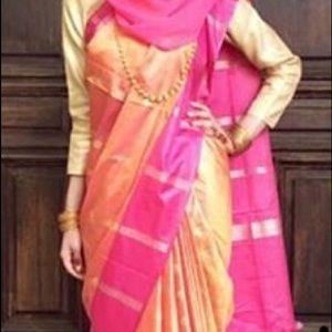 Dresses & Skirts - Beautiful classic Bengali Saree NEW